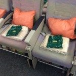Emirates A380 seats DEF Seat E/F armest moves up