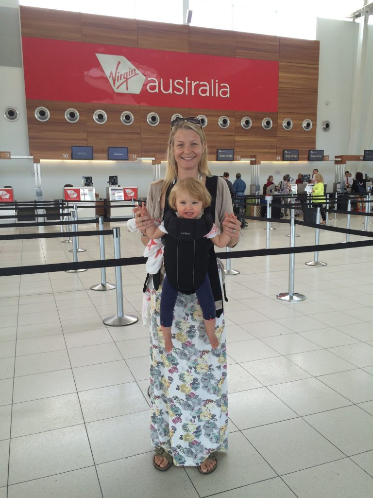 best baby carrier for travel, Baby carriers airport family travel