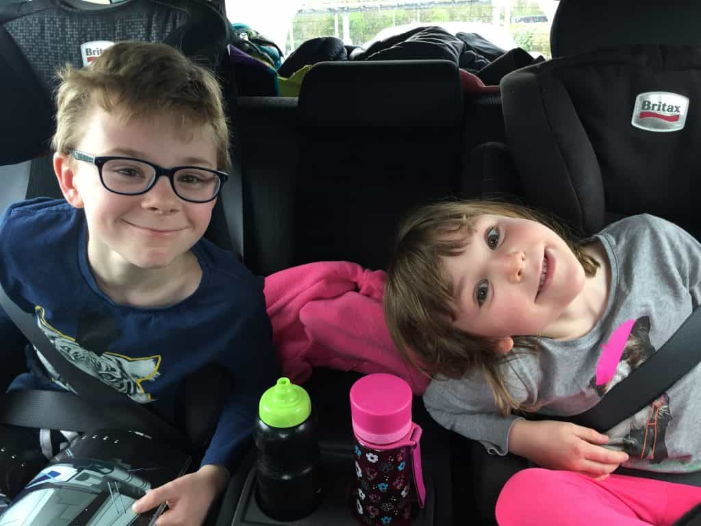 Road Trip With Kids. HOW TO SURVIVE A LONG CAR JOURNEY WITH KIDS