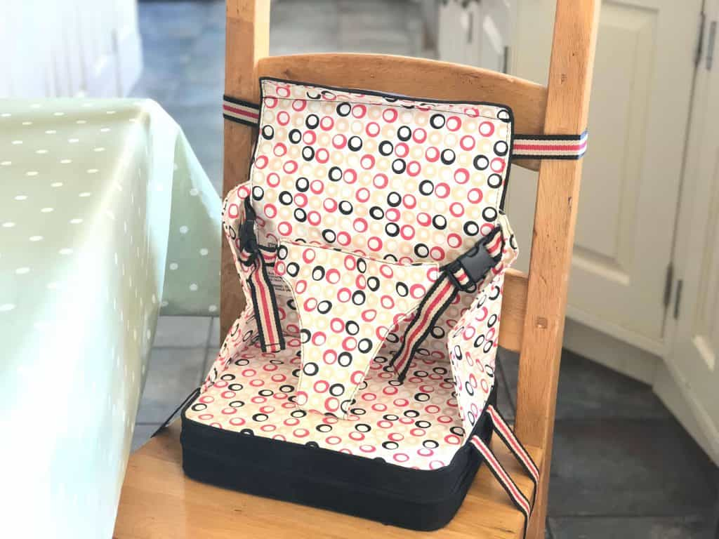 Best Travel Highchair. A selection of the best portable high chairs for travel #familytravel #travelgear