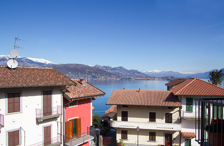 2 bed apt in Stresa. Male Maggiore with kids