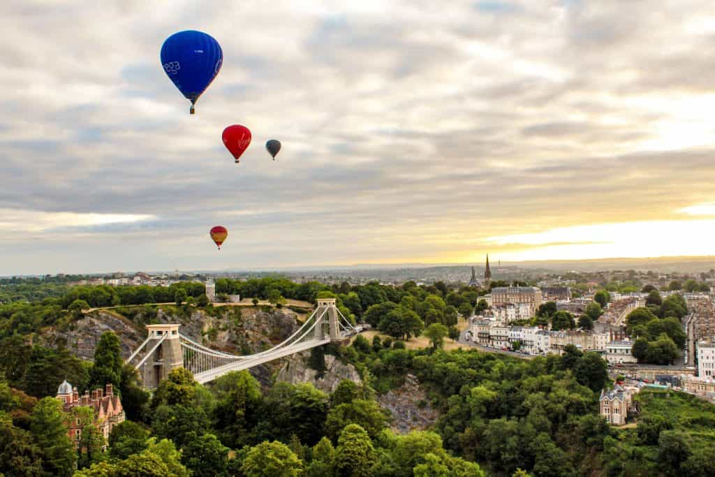 bristol balloon fiesta, balloons in the sun set