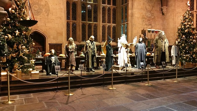 Harry Potter: Warner Brothers Studio Tour - the Great Hall at Christmas