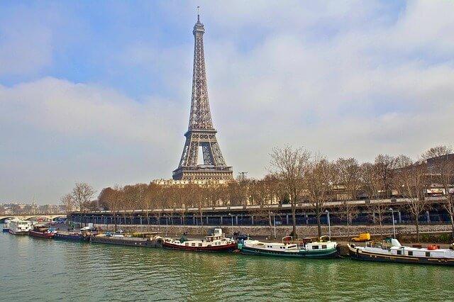 Eiffel tower Paris in winter