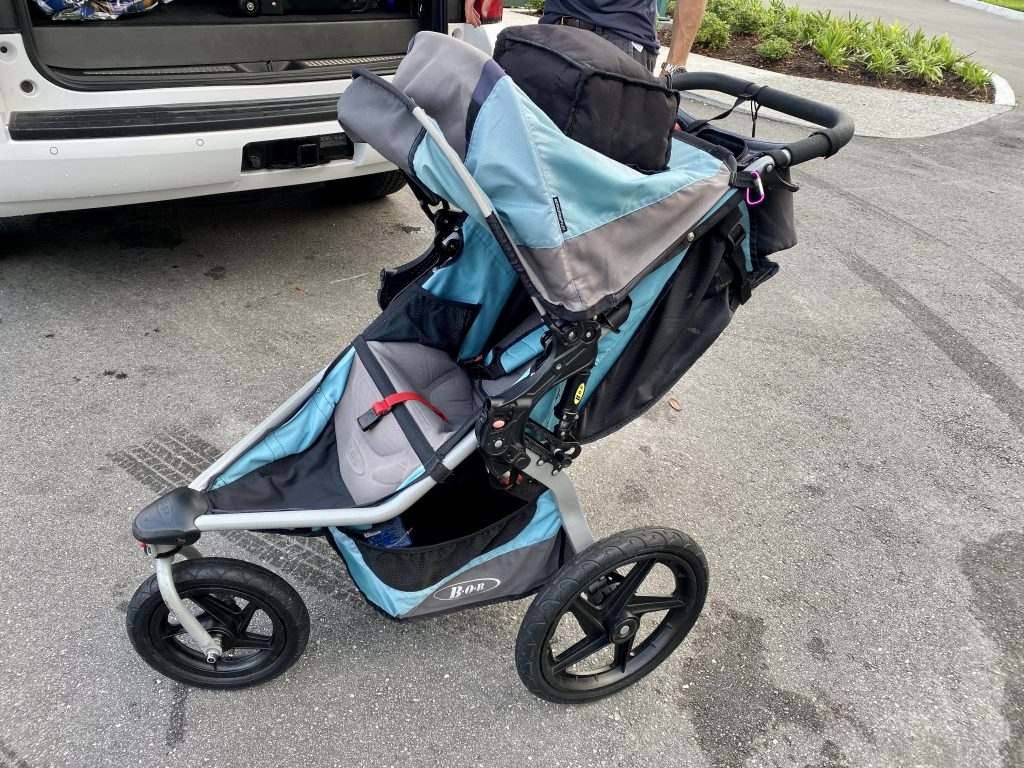 BOB stroller rented from Kingdom Strollers comes with a cool bag