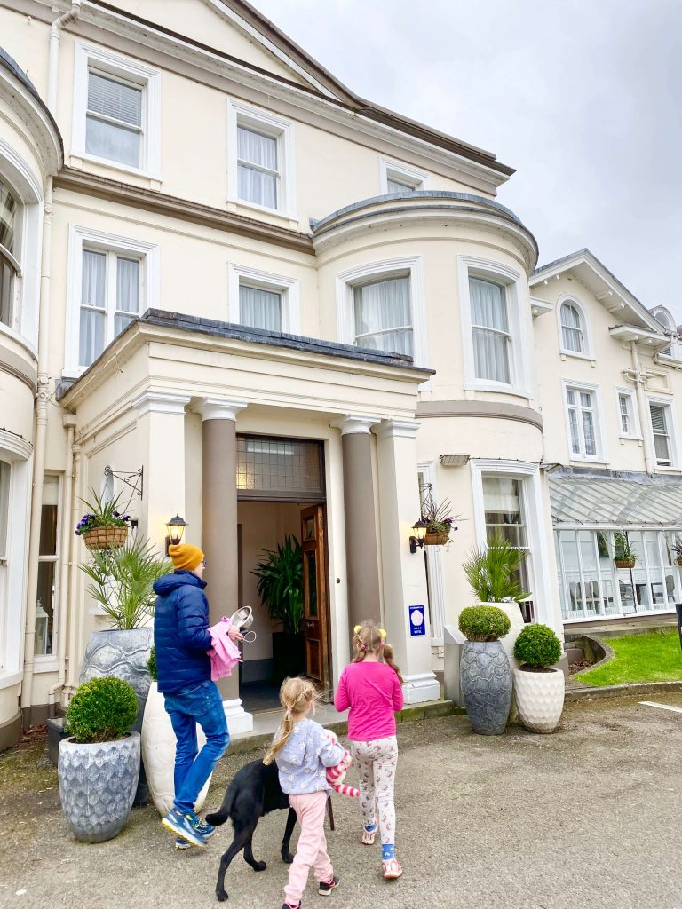 DoubleTree Cheltenham a Dog friendly hotel Cheltenham