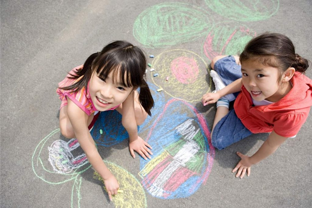 sidewalk chalk game for kids
