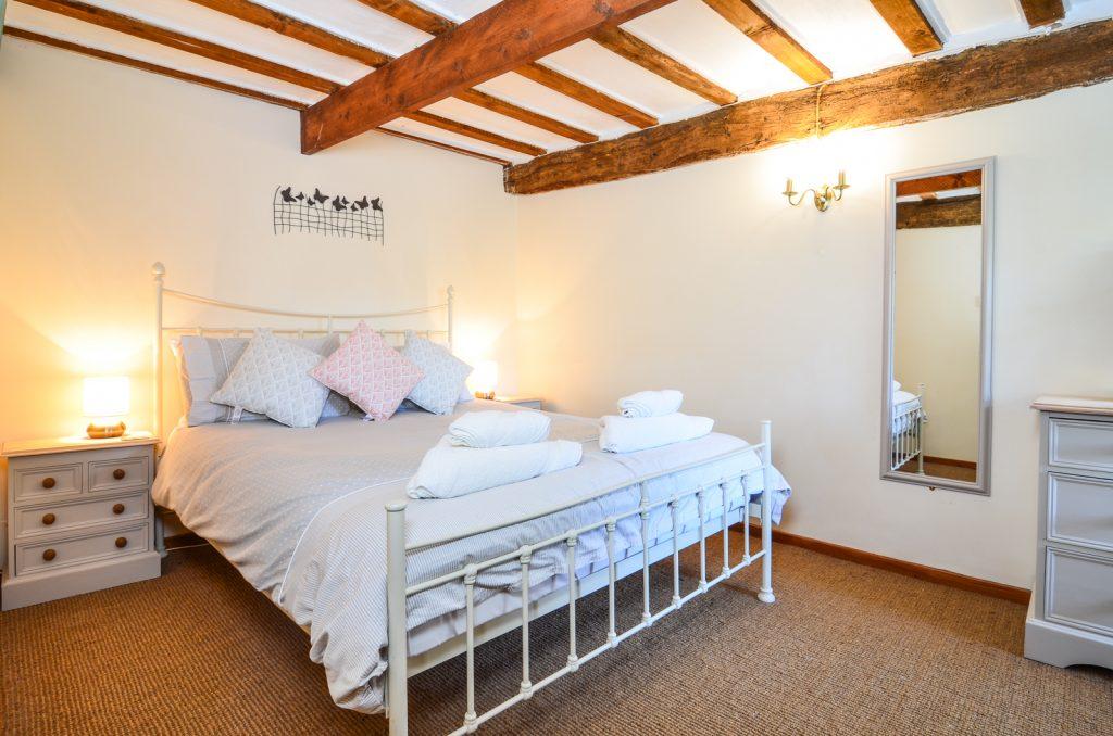 knowle farm bedroom
