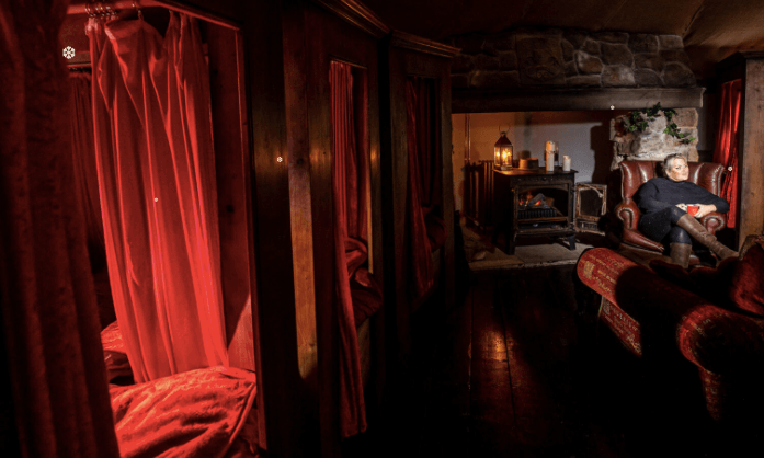 Harry Potter themed places to stay Gryffindor Dorm Room Cottage- North Shire, Liverton, North Yorkshire