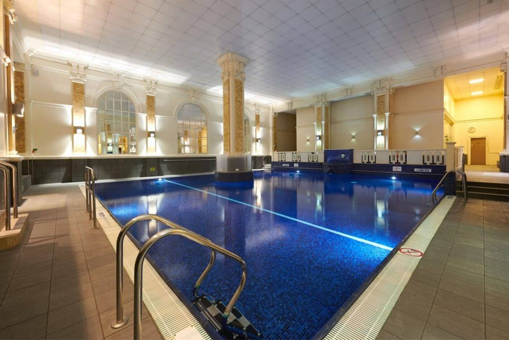 Best Indoor Hotel Pools For Kids In London - The Dilly